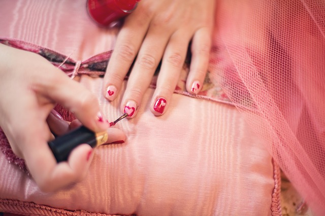 19 Tips for Healthy and Beautiful Nails