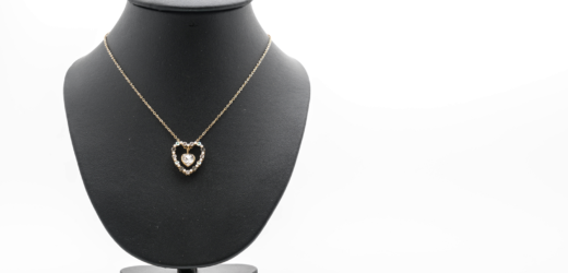 5 Tips to choose the right pendant necklace